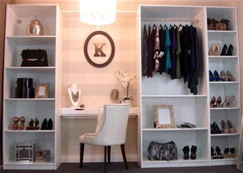 Vanity Closet Boutique by 22 Best Minimalist Vanity Images On Bathroom