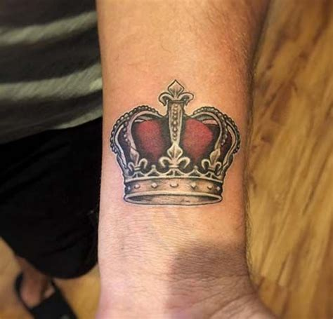 crown tattoos for men 25 best ideas about crown on king