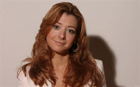 alyson hannigan alyson hannigan wallpapers images photos pictures backgrounds