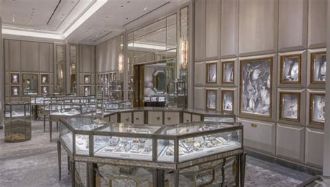 Bergdorf Goodman Interior by Bergdorf Goodman Nyc Renovated Its Fifth Avenue Store