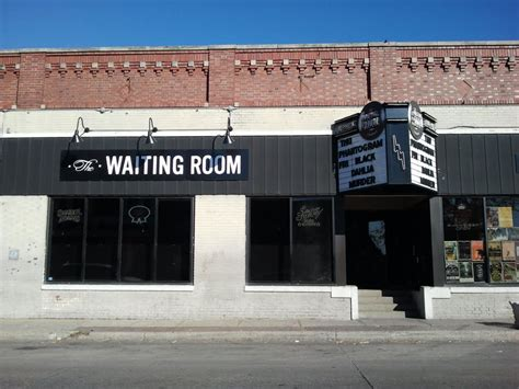 Waiting Room Lounge by Panoramio Photo Of The Waiting Room Lounge Maple St In