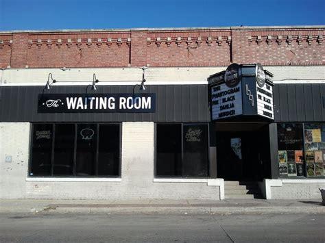 the waiting room omaha ne panoramio photo of the waiting room lounge maple st in benson omaha