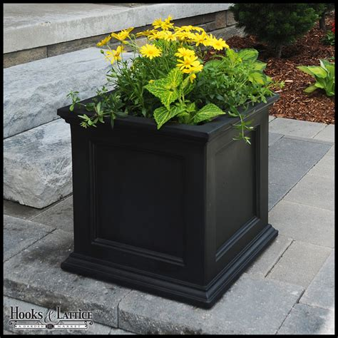 prestige 20x20 patio planter black