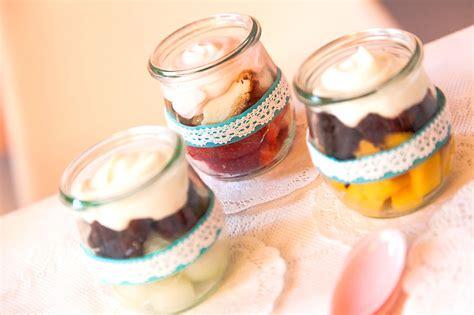 kleine kuchen im glas s 252 223 e partyh 228 ppchen partykuchen fingerfood kuchen rezepte