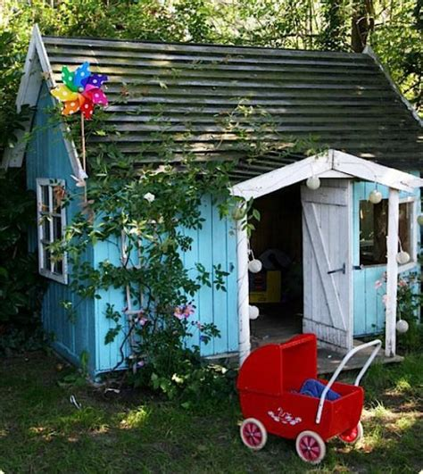15 awesome outdoor playhouses kidsomania