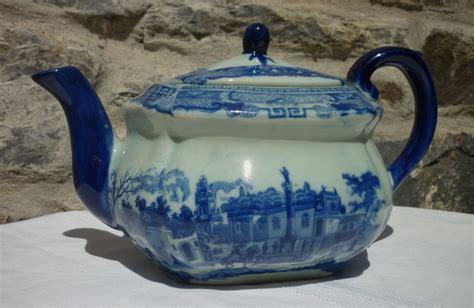 Vintage Antique Blue White Ornate Teapot High Tea Edwardian Floral Porcelain Eur 38 62 Antique Blue White Transferware Teapot