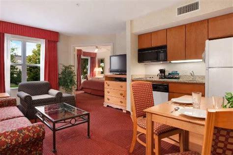 hotels in lafayette la with tub in room homewood suites by lafayette in hotel reviews tripadvisor