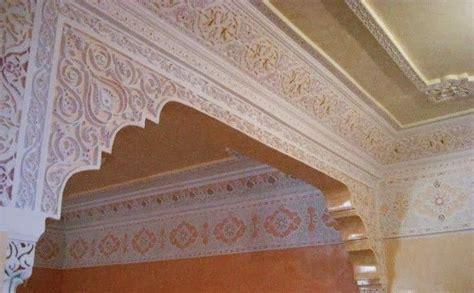 Plafond Platre Traditionnel by Faux Plafond Pl 226 Tre Sculpture Decoration Plafond