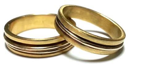 matching wedding rings his and hers wedding bands by