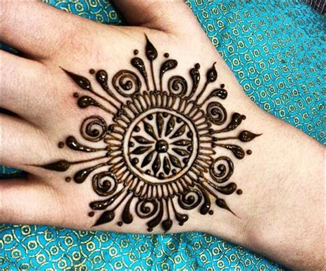 circle mehndi designs top 26 round mehndi designs
