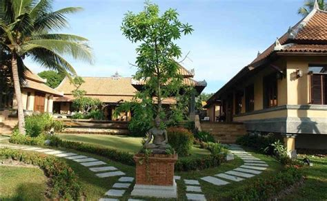 house for sale pattaya very large house for sale in pattaya chak nok lake 39 000 000thb pattaya real