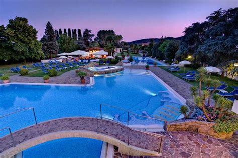 hotel petrarca ingresso giornaliero alla sera vi aspettiamo in piscina hotel terme