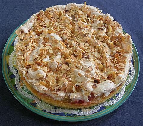 kuchen mit eierlikör leckerer rhabarber kuchen mit baiserhaube susi