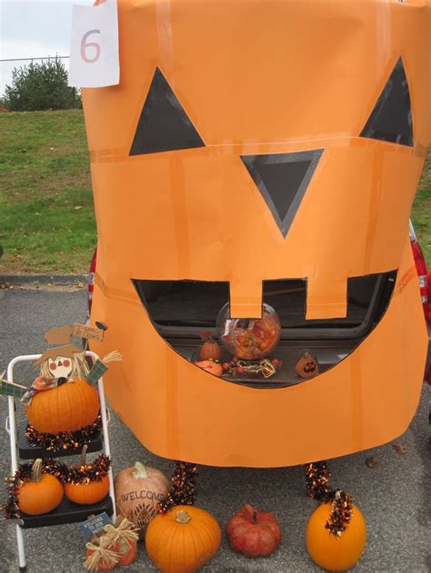 halloween trunk themes 1000 images about trunk or treat ideas on pinterest
