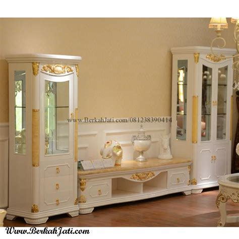 Lemari Hias Kaca Dan Harga lemari hias minimalis cat duco putih emas berkah jati