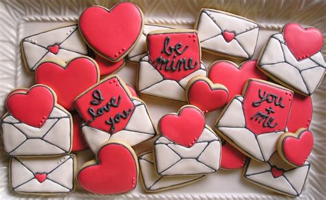 how to make valentines cookies re framed oh so sweet valentine s day between the cake
