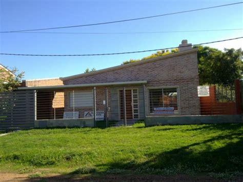 casas en uruguay se vende casa en salto calle uruguay 300