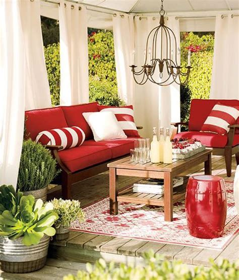 50 and white home decorating ideas for canada day