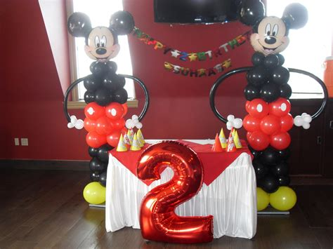 Mickey Mouse Birthday Decoration Ideas by Mickey Mouse Balloon Decorations Favors Ideas