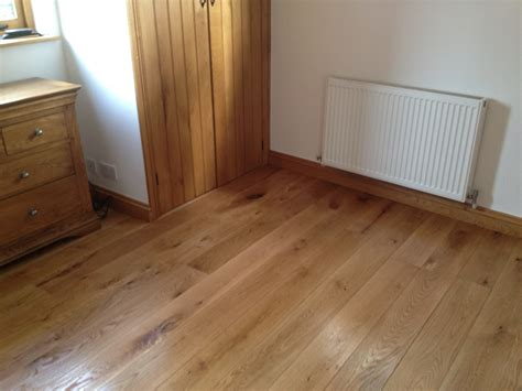 laminate flooring joining rooms laminate flooring