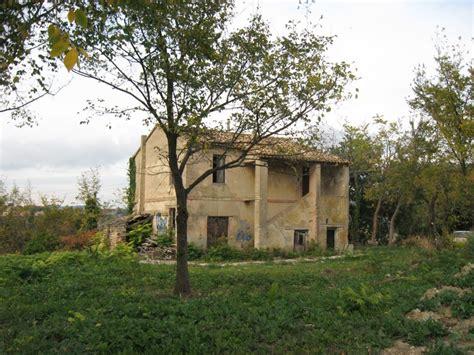 l immobiliare camerano rustici e casali in vendita a camerano codice 364