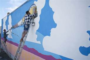 how to paint a wall mural in a bedroom quick tips on how to paint a wall mural