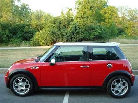 car owners manuals for sale 2004 mini cooper parking system service manual 2004 mini cooper manual find used 2004 mini cooper s panoramic sunroof 6 spd