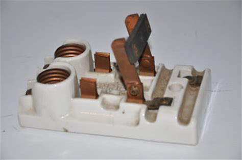 Antique C E M Co 30 Amp Ceramic Fuse Box Knife Switch