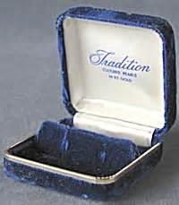 Velvet Pearl Earring vintage blue velvet pearl earring box boxes at
