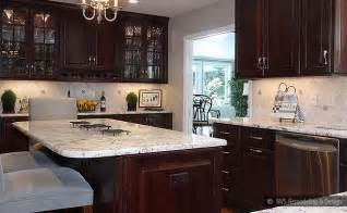 Kitchen Backsplash Ideas For Dark Cabinets by Brown Kitchen Cabinets Backsplash Idea Backsplash Com