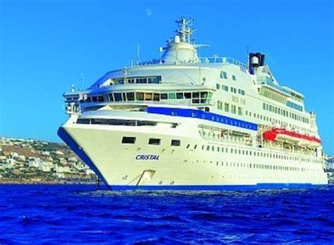 small boat greek island cruises matt barrett s greek islands cruises guide