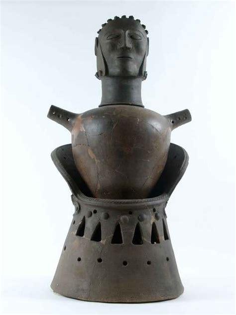vaso canopo etrusco etruschi a tavola