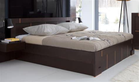 lit en bois moderne pour adulte lit deux personnes haut