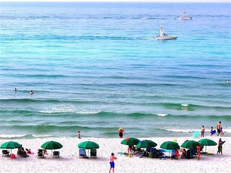 friendly beaches florida top 10 family friendly florida beaches homeaway