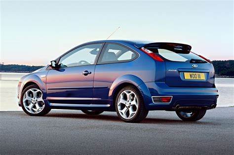 Ford Focus St Review by Ford Focus St Review 2006 2010 Parkers