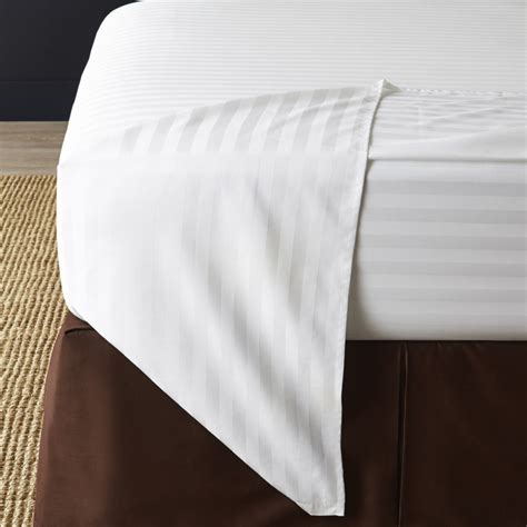 how to properly make a bed how to properly make a bed how to get the hotel bed look