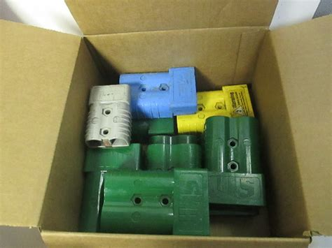 huge lot   anderson forklift battery charger connector plug housings