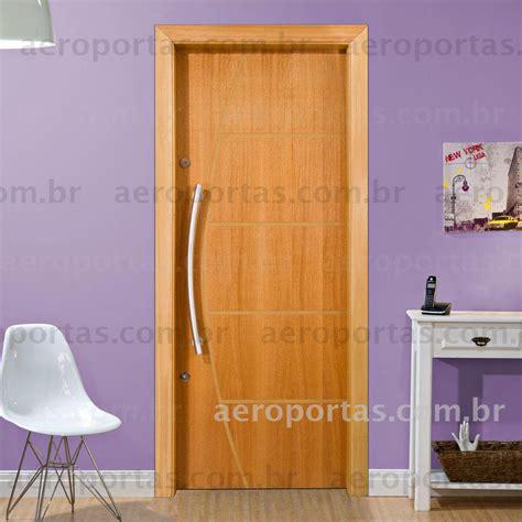 porta porta aeroportas pisos de madeira portas janelas esquadrias