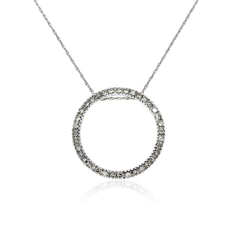Ring Pendant Chain Necklace 14k white gold and circle of pendant on chain