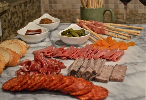 how to make a charcuterie platter celebrate decorate