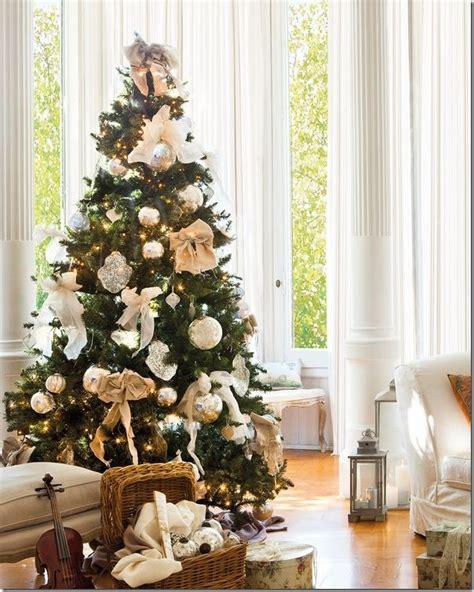 decorare alberi di natale 8 idee per decorare l albero di natale case e interni