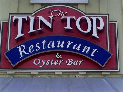 tin top restaurant and oyster bar tin top bild fr 229 n tin top restaurant oyster bar bon