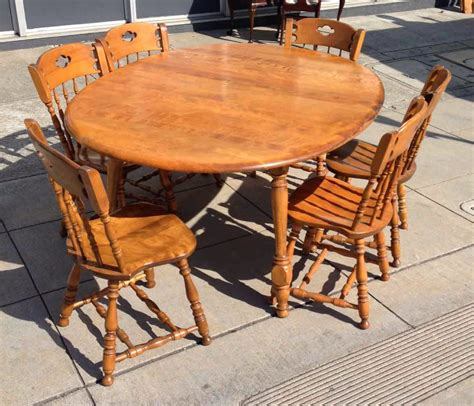 Uhuru Furniture Collectibles Sold Maple Colonial Dining Colonial Dining Room Furniture