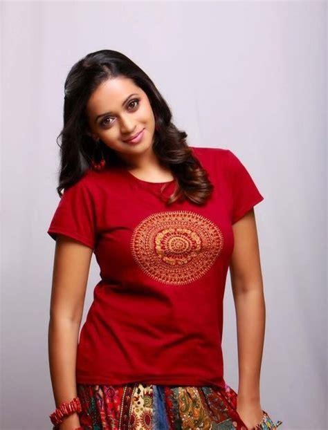 big b malayalam film actress name indian actress hot and sexy bhavana karthika menon
