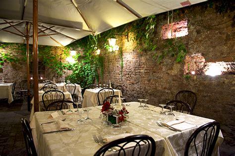 ristorante con giardino roma ristorante romolo nel giardino della fornarina a trastevere