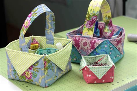 Patchwork Basket - fabric box basket diy sewing tutorial patchwork