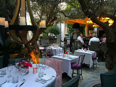 celebrity restaurant and lounge menu dine with celebs at pump weho gt travel at large