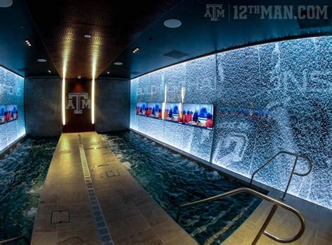 a m locker room the south s best college football facilities locker rooms