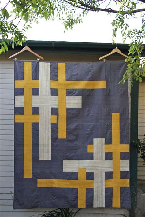 Handmade By Alissa - beautiful modern quilt check out all 3 images this