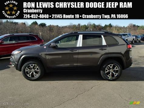 trailhawk jeep black 2014 granite crystal metallic jeep cherokee trailhawk 4x4